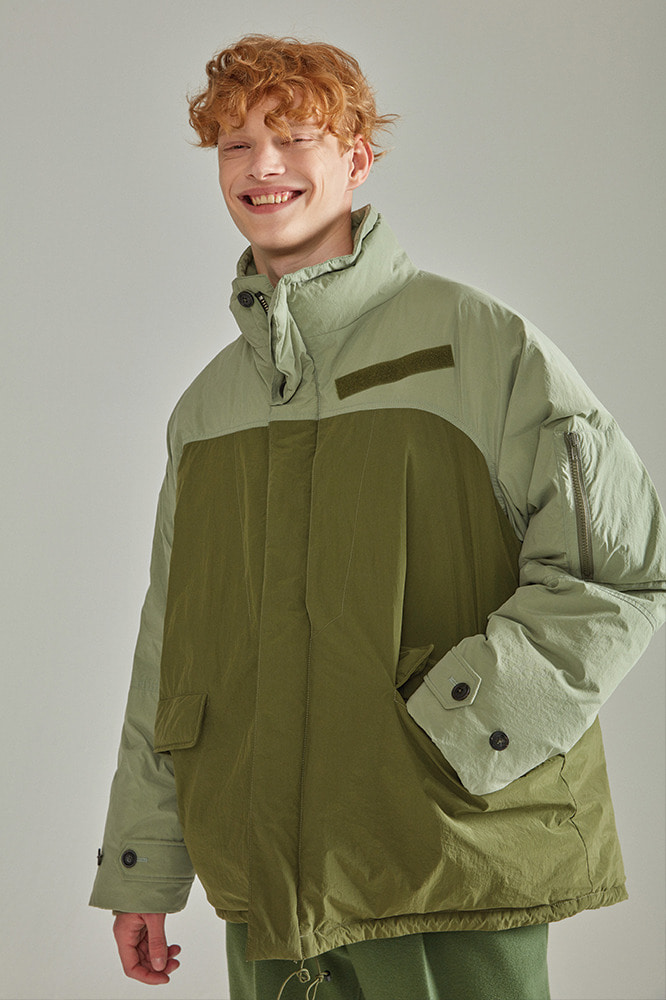OVERSIZED NAME LABEL PADDING KHAKI