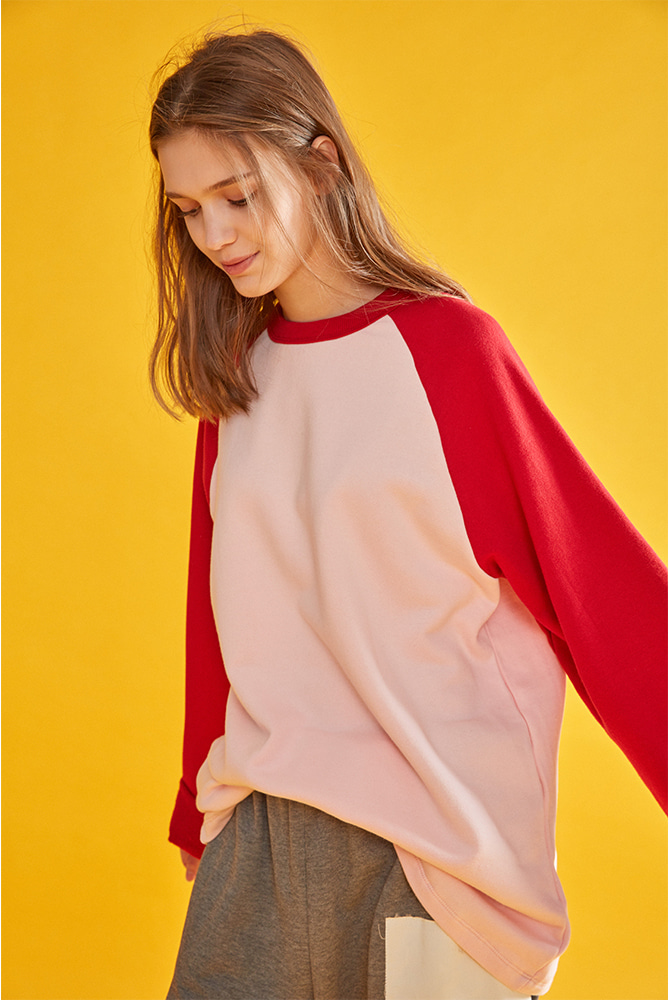 LOVE CITY WAPPEN RAGLAN SWEATSHIRT PINK