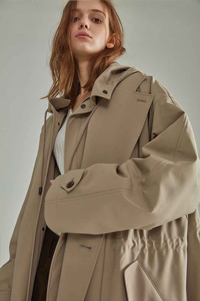 LAYERED PADDING TRENCH COAT BEIGE