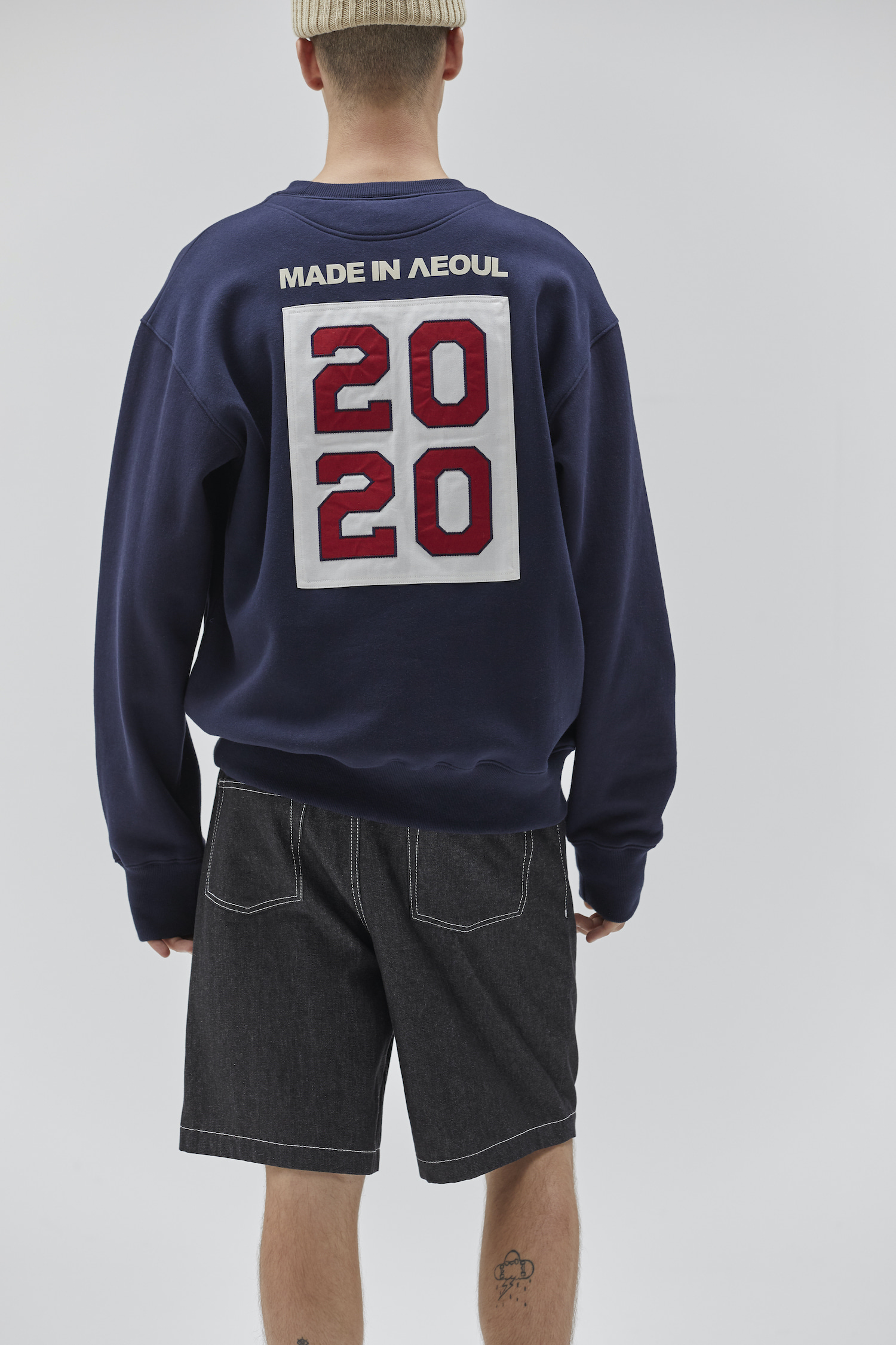 [10/28 예약배송] MADE IN SEOUL 2020 SWEATSHIRT NAVY