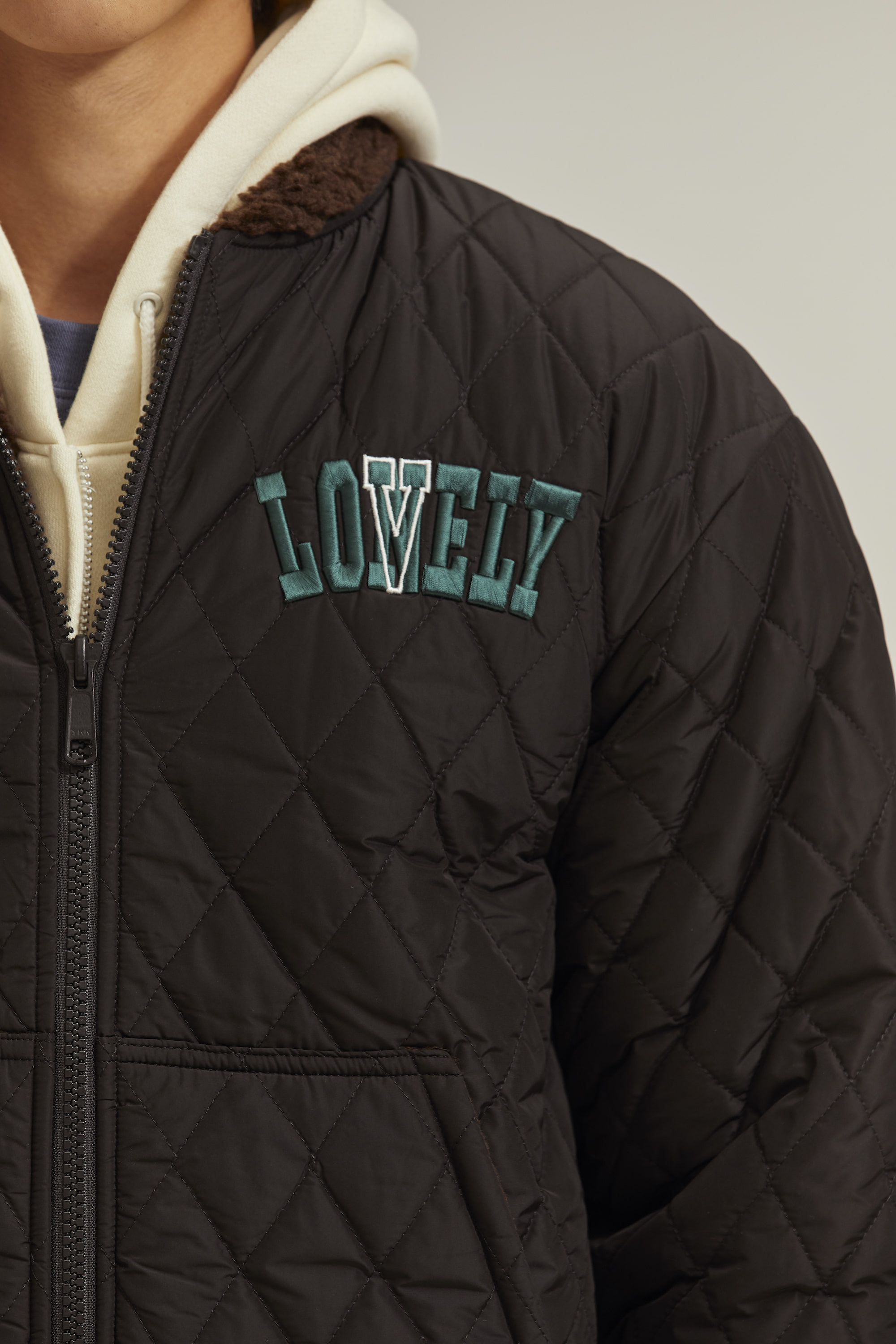 LONELY/LOVELY  REVERSIBLE QUILTING JACKET BLACK