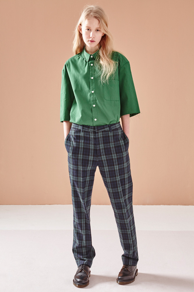 CROPPED SHORT SLEEVE SHIRT GREEN